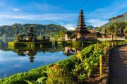 Astonishing Singapore, Funky Cruise & Sizzling Bali