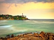 http://www.hlimg.com/images/deals/180X135/7679_Kovalam-Beach_21487753358-0.jpg