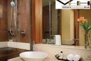 http://www.hlimg.com/images/deals/180X135/Bathroom_3x2-011498382540-0.jpg