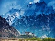 leh ladakh tours by road ( 7 Days/ 6 Nights )