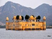 http://www.hlimg.com/images/deals/180X135/Jaipur21491476384-0-.jpg