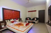 Special Honeymoon Package Mahabaleshwar ( 3 Days/ 2 Nights )