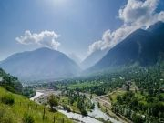 Scenic Of Kashmir
