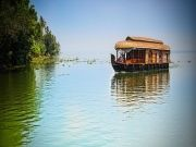 Kerala Tour Package with Houseboat ( 4 Days/ 3 Nights )
