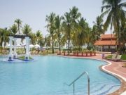 Holiday Inn Beach Resort, Goa 5*