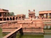 Delhi Agra Jaipur (  )