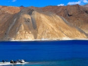 Leh Ladakh with Nubra Valley and Pangong Lake Tour Packages ( 7 Days/ 6 Nights )