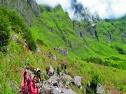 https://www.hlimg.com/images/deals/180X135/valley-of-flowers-trekking-packages1490959088-0.jpg