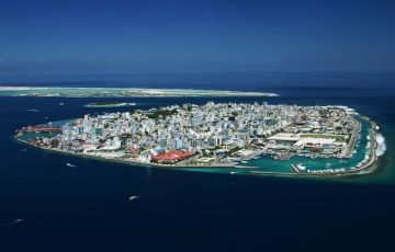 Romantic Maldives with Holiday Inn
