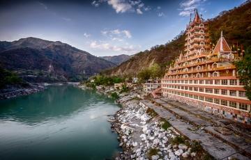 Mussoorie - Haridwar – Rishikesh – Nainital – Kausani – Rani