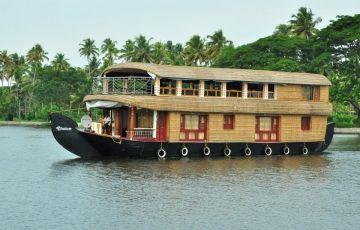 Honeymoon Kerala Package 06 N / 07 D