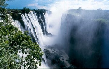 Victoria Falls Holidays Package