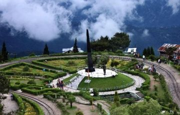 Darjeeling - North East - Luxury Tour