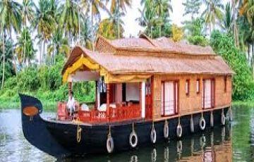 Enjoy Holidays At Beaches And Hills Of Kerala