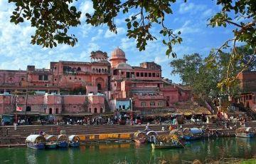 Jhansi - Orchha - Chitakoot - Khajuraho Tours