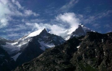Delhi-Manali-Delhi 3 Nights / 4 Days Package