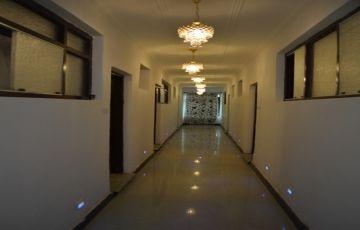 3 Star Hotel in Srinagar Kashmir