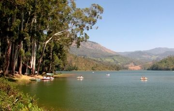 Munnar Vacation Tour Package