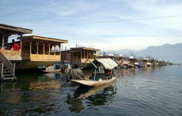 Kashmir From Delhi Tour Package