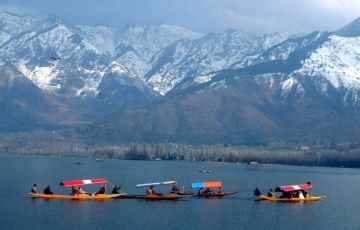Beautiful Srinagar Tour Package (Min 6 Person)