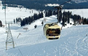 Amazing Gulmarg Tour Package