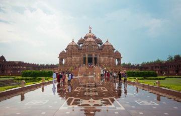 Golden Triangle Tour with Haridwar Kashi and Gaya