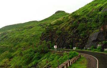 Mahabaleshwar Honeymoon Package
