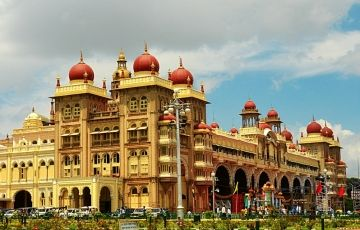 Bangalore, Ooty & Kodaikanal Tour - 07 Days