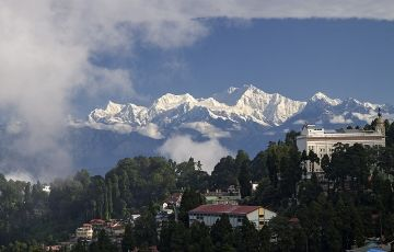 Stay In Hills 4 Nights & 5 Days Package