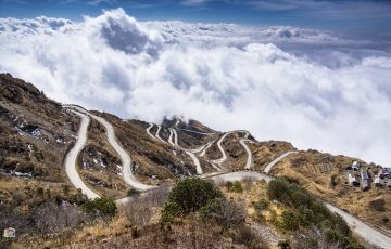 The Great Old Silk Route Sikkim 8 Person
