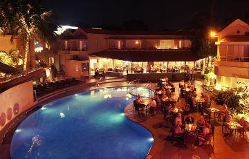 Whispering Palms Beach Resort Candolim Beach