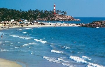 Alleppey, Athirapalley falls & Cochin Tour Package