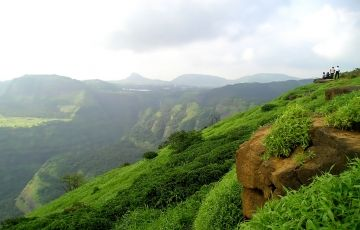 Romantic Lonavala Holidays