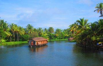 Romantic Kerala Honeymoon Packages