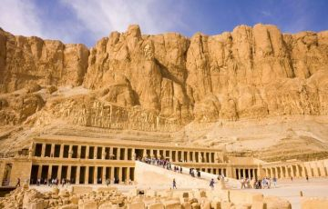 Pyramids Tour Tour