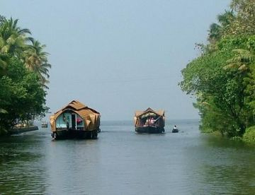 Romantic Honeymoon Kerala
