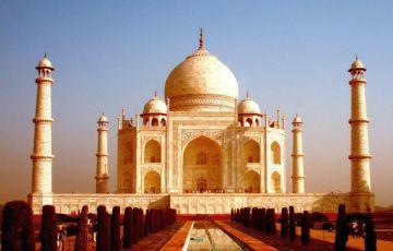 Taj Mahal Budget Tour