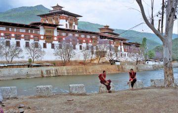 The Decent Bhutan Tour