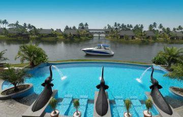 Beautiful Kerala Backwaters Tour