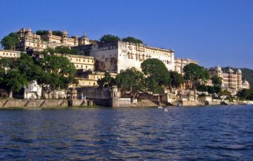 Beautiful triangle With Udaipur Tour