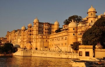 Fascinating Rajasthan with Beach Tour