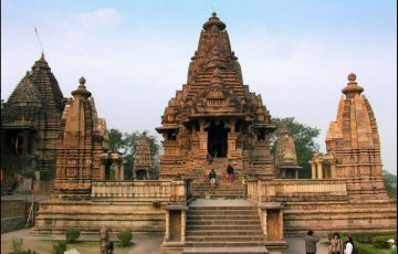 Golden Triangle With Khajuraho & Varanasi