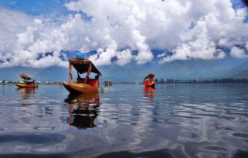 Kashmir with Mata Vaishno Devi Trip