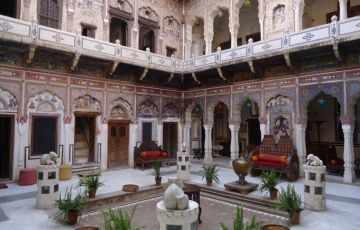 Mandawa With Golden Triangle Tour