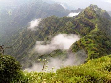 VERDANT LAND MAHABALESHWAR TOUR PACKAGE 2 NIGHTS AND 3 DAYS