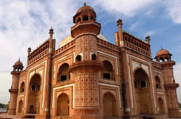 GLIMPSES OF OUR CAPITAL NEW DELHI 1 NIGHTS AND 2 DAYS