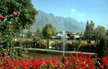 SAFFRON FIELDS SONMARG HONEYMOON TOUR PACKAGE 3 NIGHTS AND 4