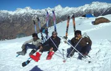 AULI SKIING TOUR TOUR PACKAGE 2 NIGHTS AND 3 DAYS