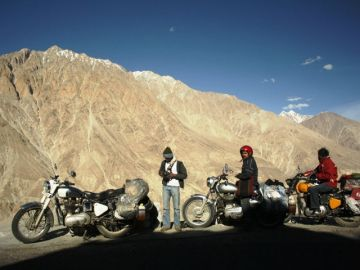 LEH MOTORBIKING TOUR WITH SUPREME TRAVELERS