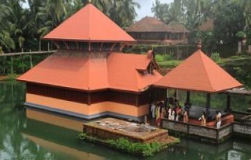 BEACHES AND BACKWATERS TOUR PACKAGE 2 NIGHTS AND 3 DAYS